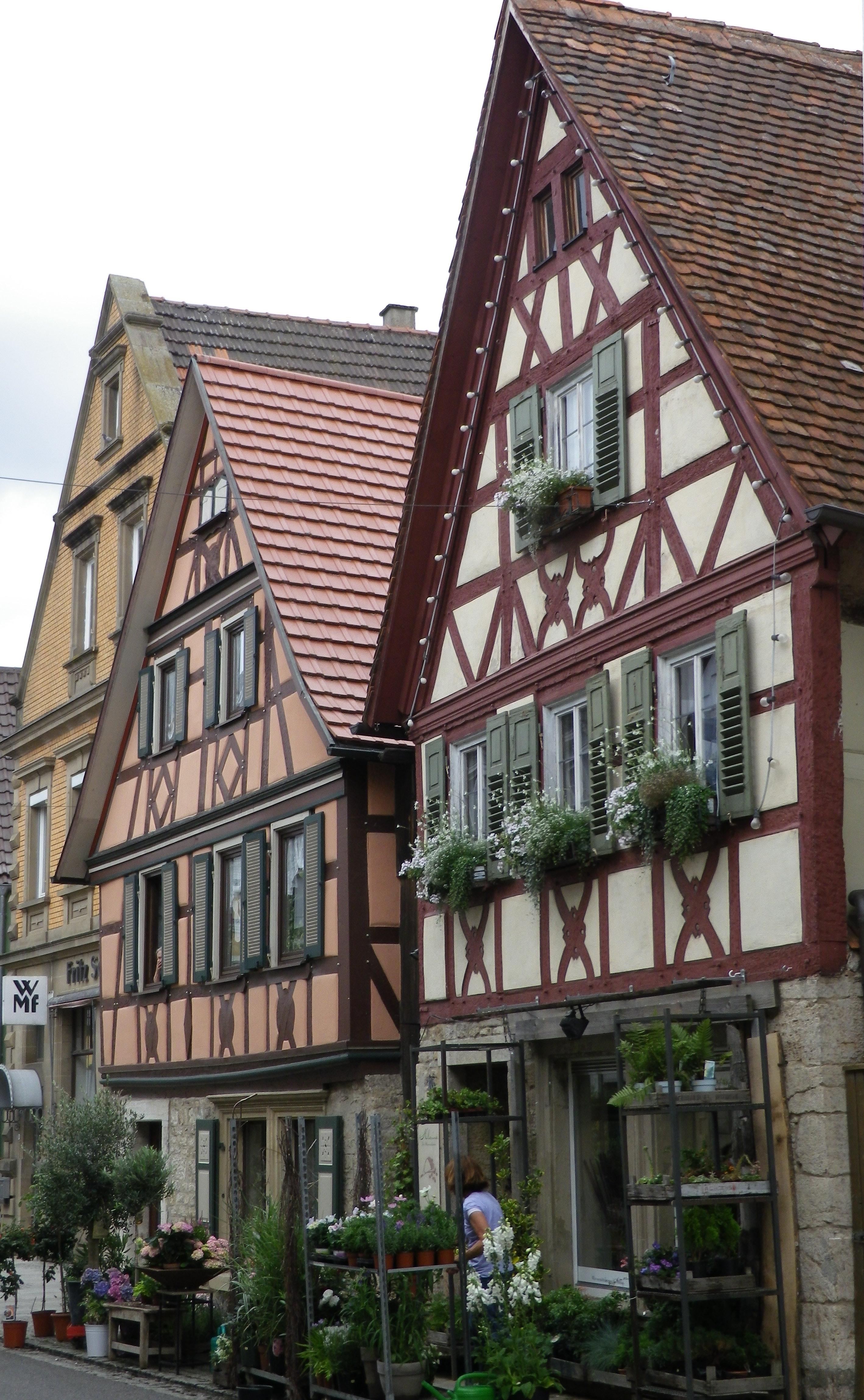 German House Designs: Three German Wine Regions By Bike